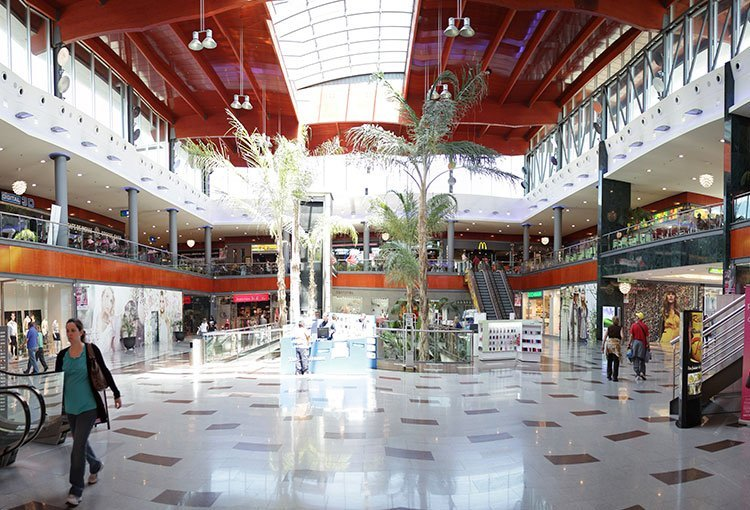Gran Plaza Shopping Gallery